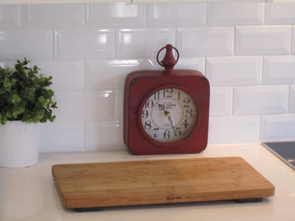 Brisbane Kitchen Design Shake Style Kitchen Davis Mansfield Traditional Kitchen with Subway Tiles(7)