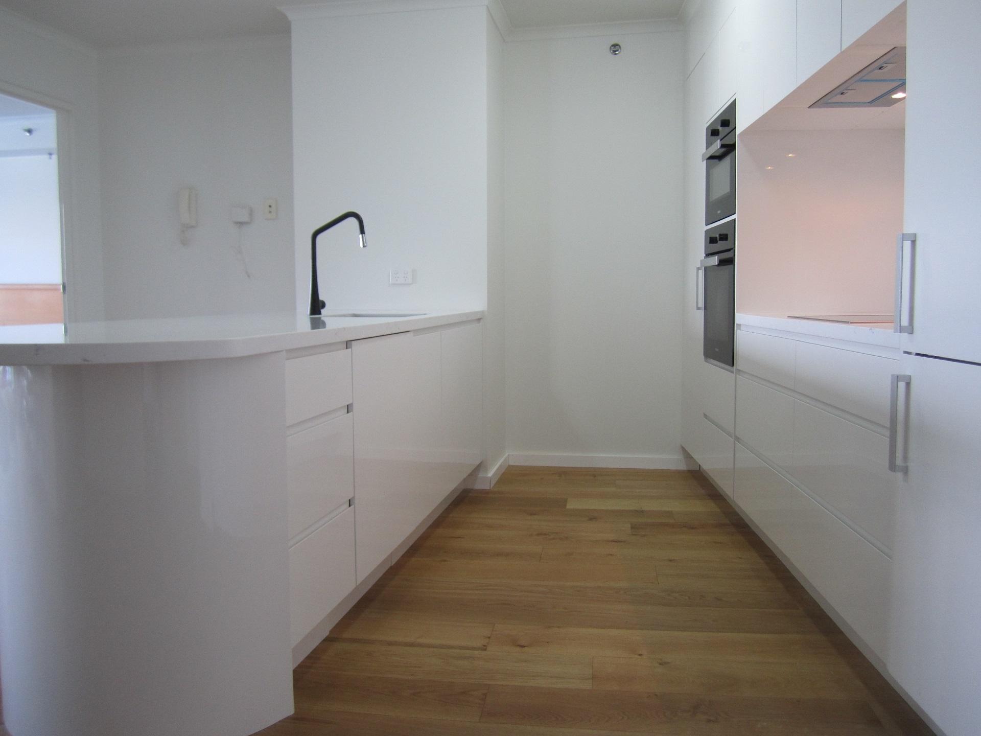 Brisbane Kitchen Design Brisbane City Contemporary Kitchen Renovation (6)