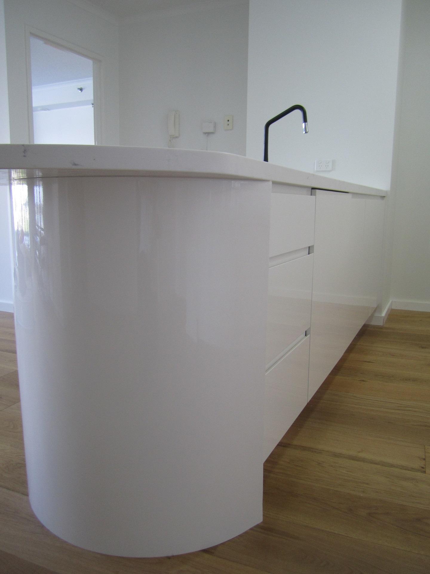 Brisbane Kitchen Design Brisbane City Contemporary Kitchen Renovation Curved Island (8)