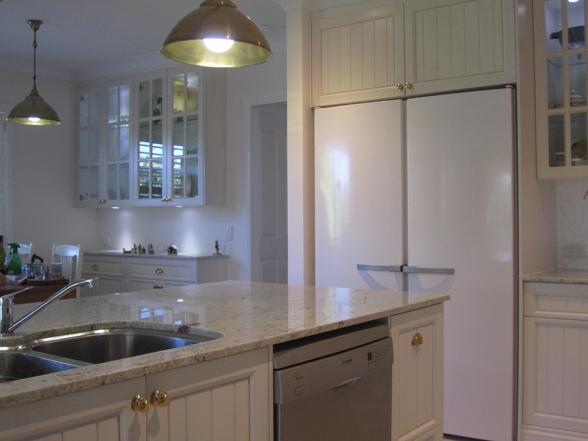 brisbane-kitchen-design-brookfield-shaker-vj-traditional-kitchen-4