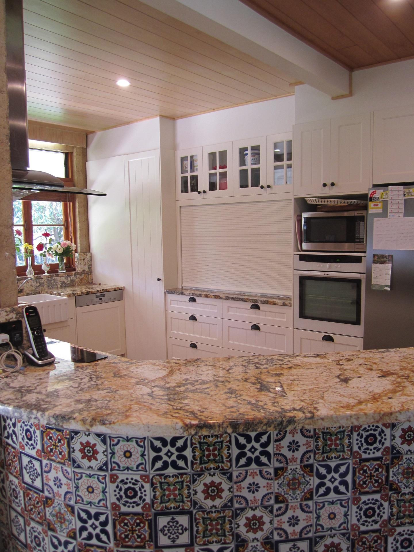 Brisbane Kitchen Design Samford  Traditional Kitchen Renovation (4)