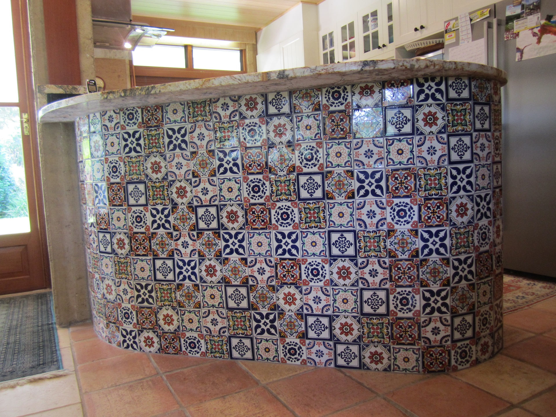 Brisbane Kitchen Design Samford  Traditional Kitchen Renovation Raised Servery Moroccan Style Mosiac  (9)