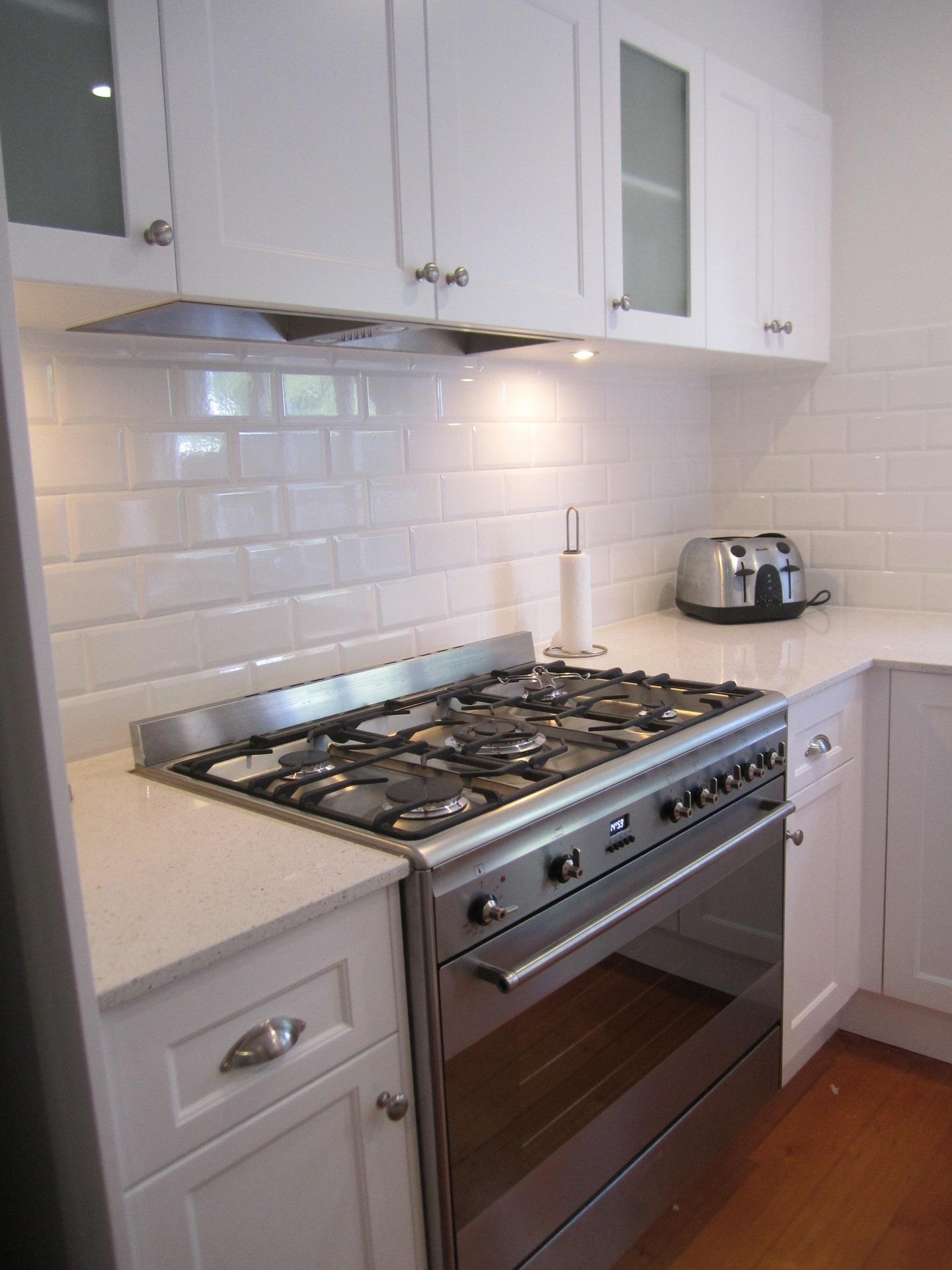 brisbane-kitchen-design-windsor-shaker-kitchen-3