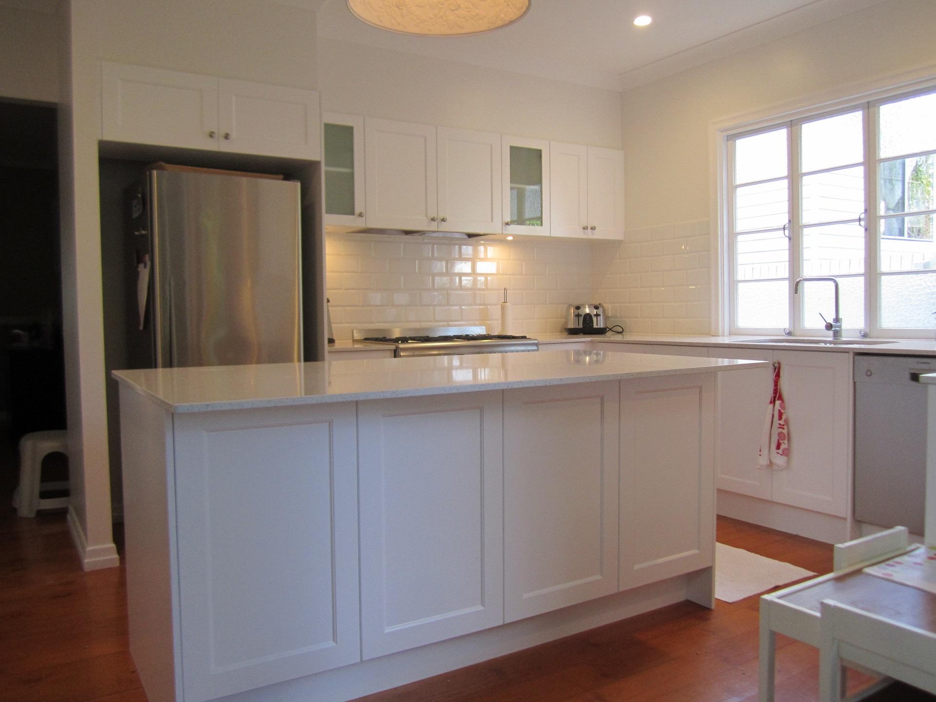 brisbane-kitchen-design-windsor-shaker-kitchen-5