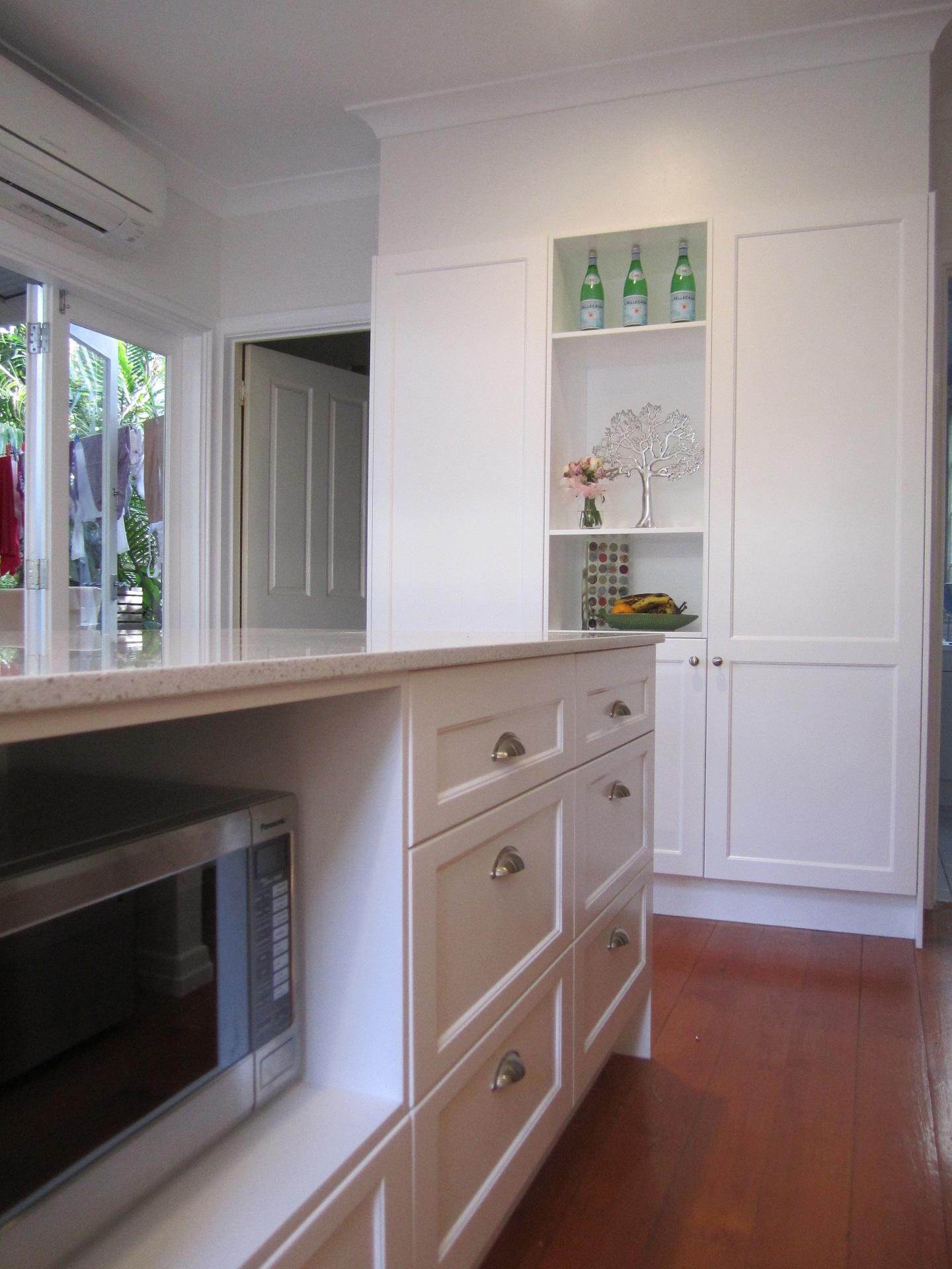 brisbane-kitchen-design-windsor-shaker-kitchen-8