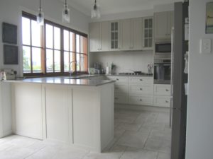 Shaker Style Kitchen in 2 Pac Sarsen Grey with Caesarstone Oyster Benchtops