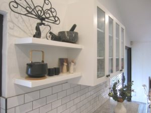 Chapel Hill Shaker Kitchen with Floating Shelves