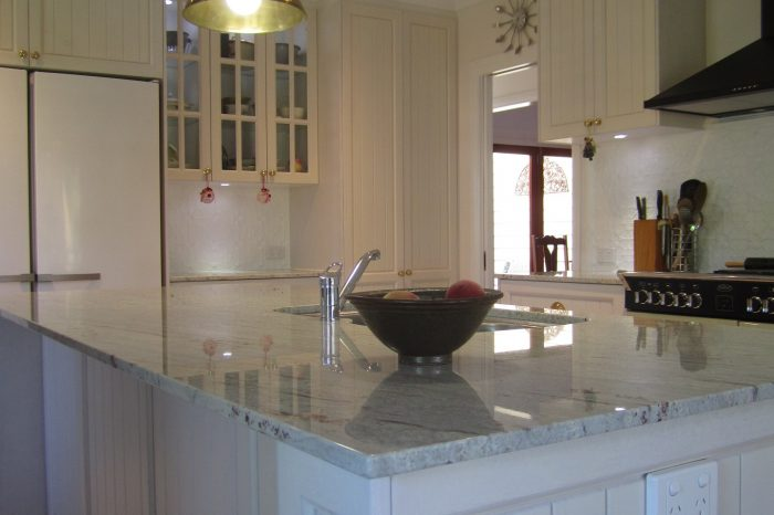 Brisbane Kitchen Design Pullenvale Shaker with VJ Traditional Kitchen