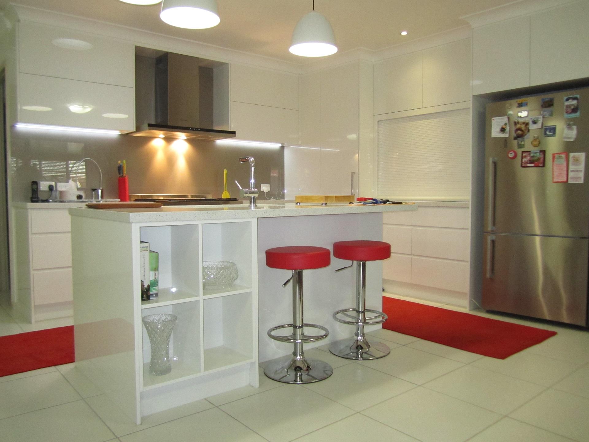 Brisbane Kitchen Design Brackenridge Contemporary Kitchen Island Book Shelf