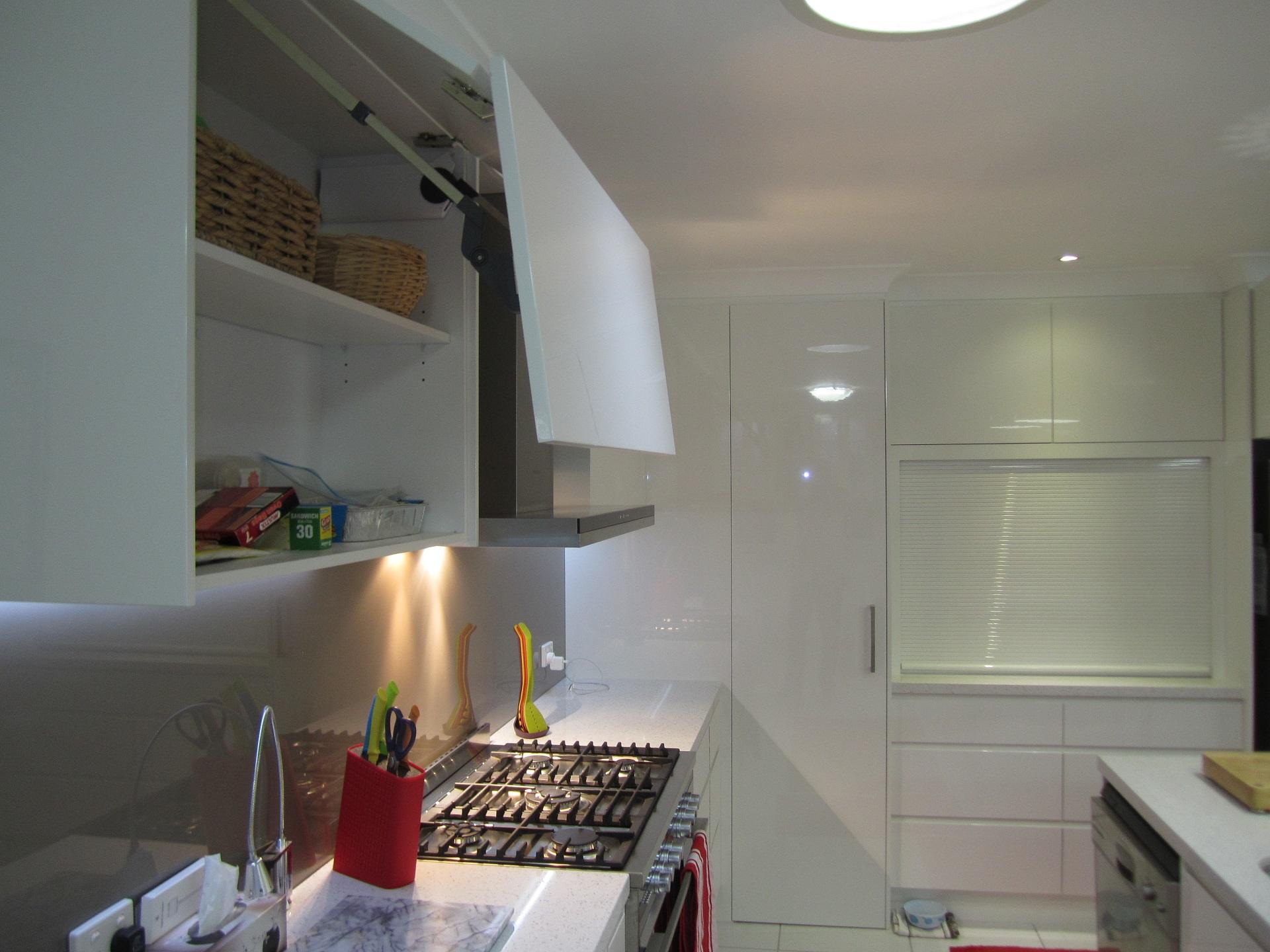 Brisbane Kitchen Design Brackenridge Contemporary Kitchen Blum Aventos
