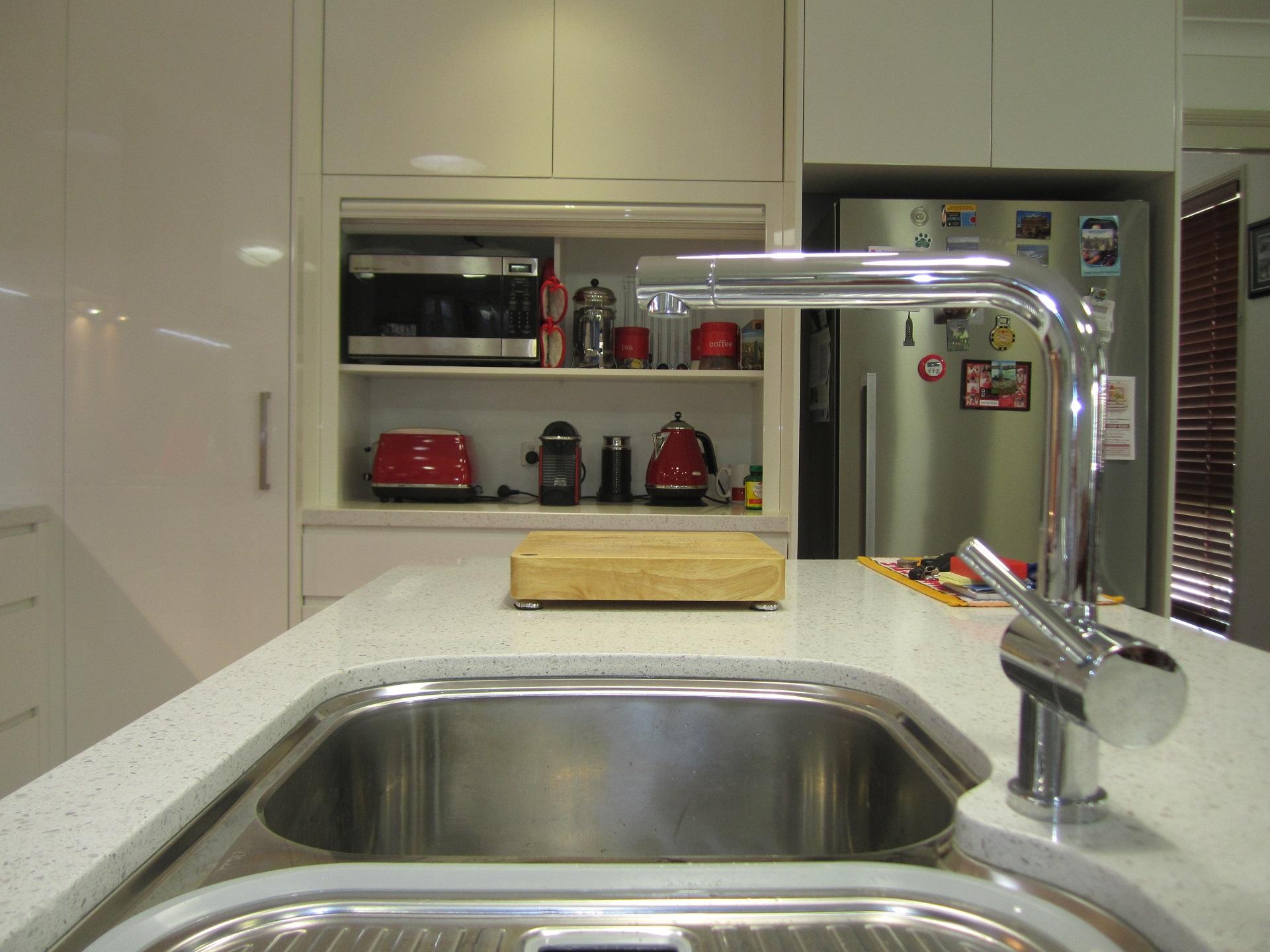 Brisbane Kitchen Design Brackenridge Contemporary Kitchen Oliveri MO 70U