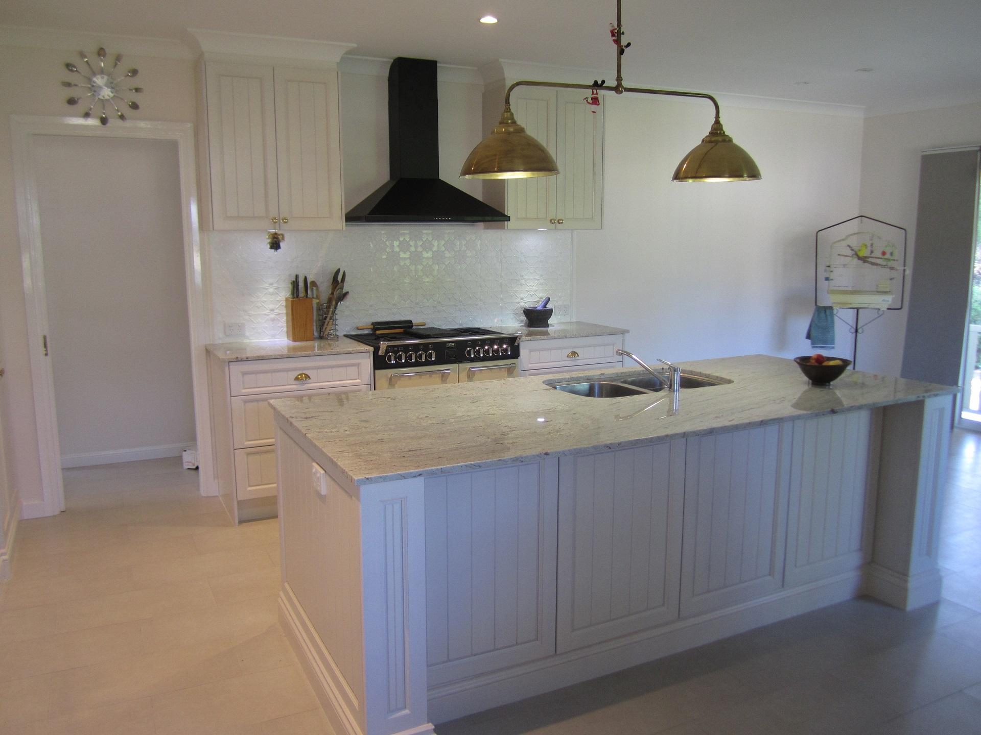 brisbane-kitchen-design-brookfield-shaker-vj-traditional-kitchen9