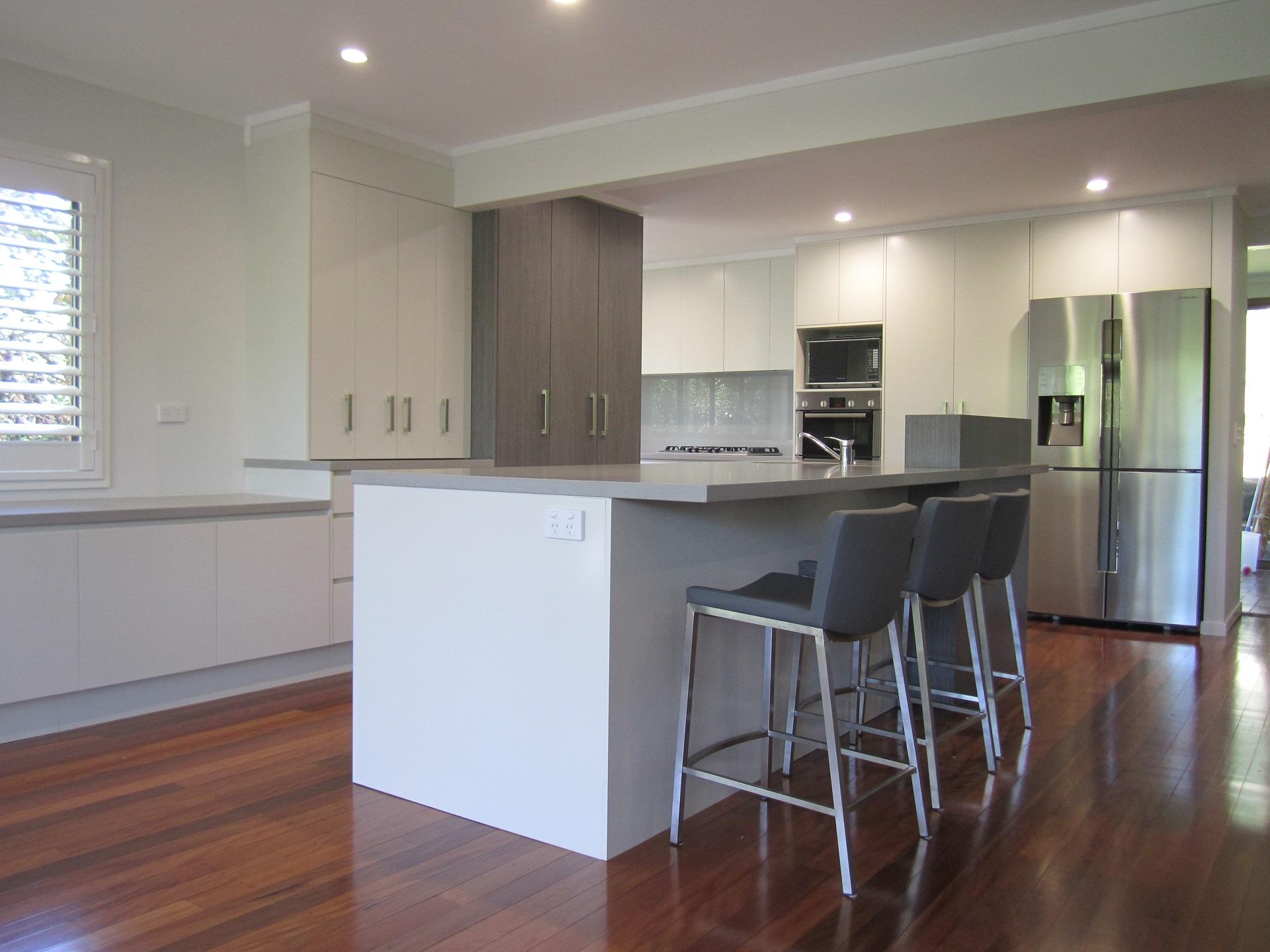 Brisbane Kitchen Design Kenmore Contemporary 2 Tone