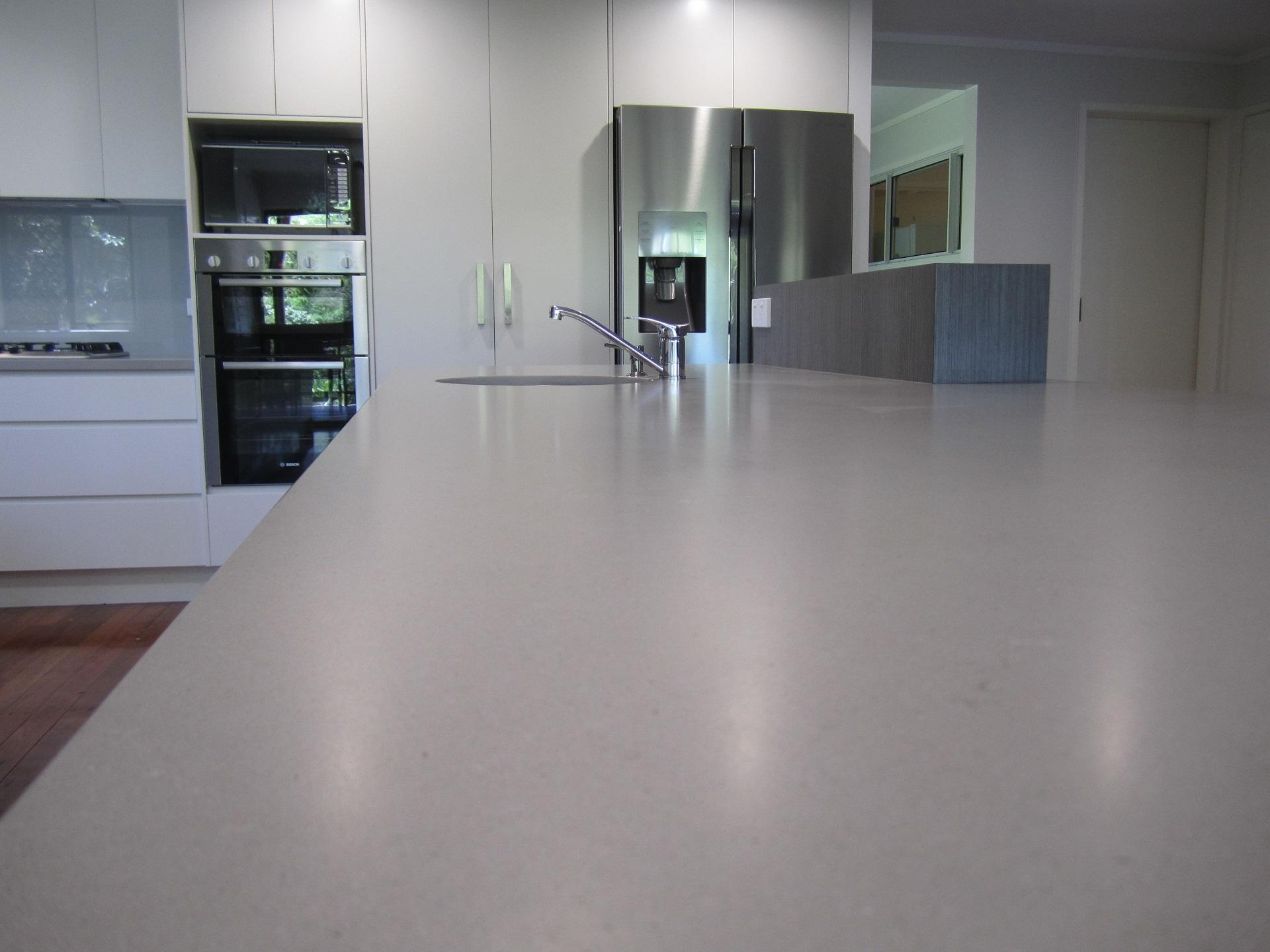 Brisbane Kitchen Design Kenmore Contemporary 2 Tone Caesarstone Raw Concrete