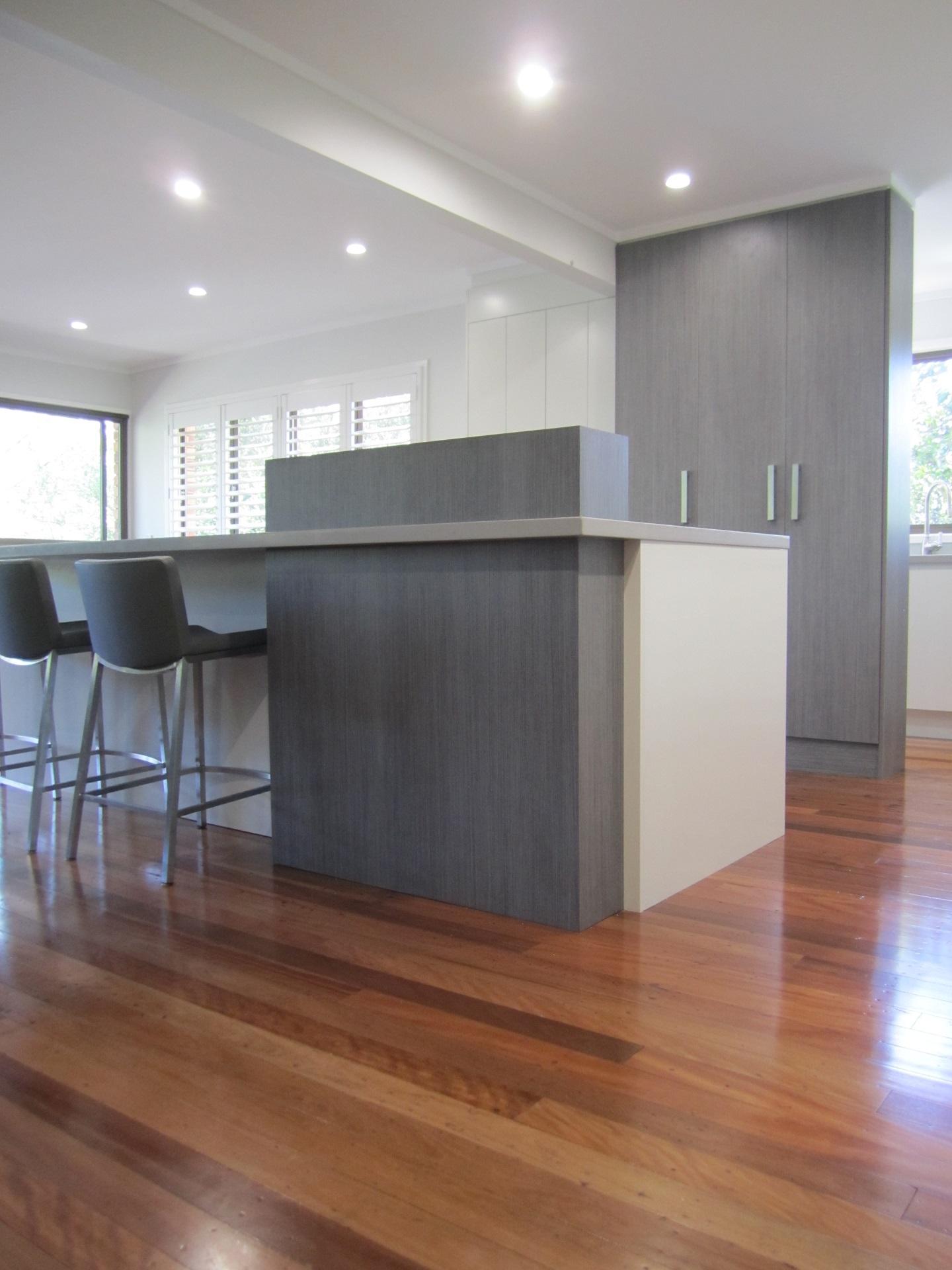 Brisbane Kitchen Design Kenmore Contemporary 2 Tone Island with Raised Servery