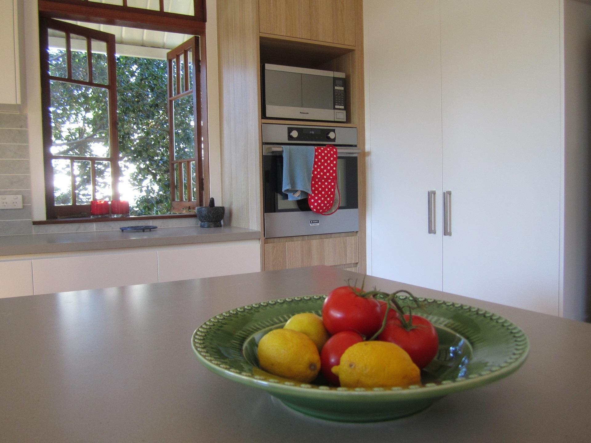 brisbane kitchen design Sherwood Contemporary Kitchen 2 Tone Kitchen