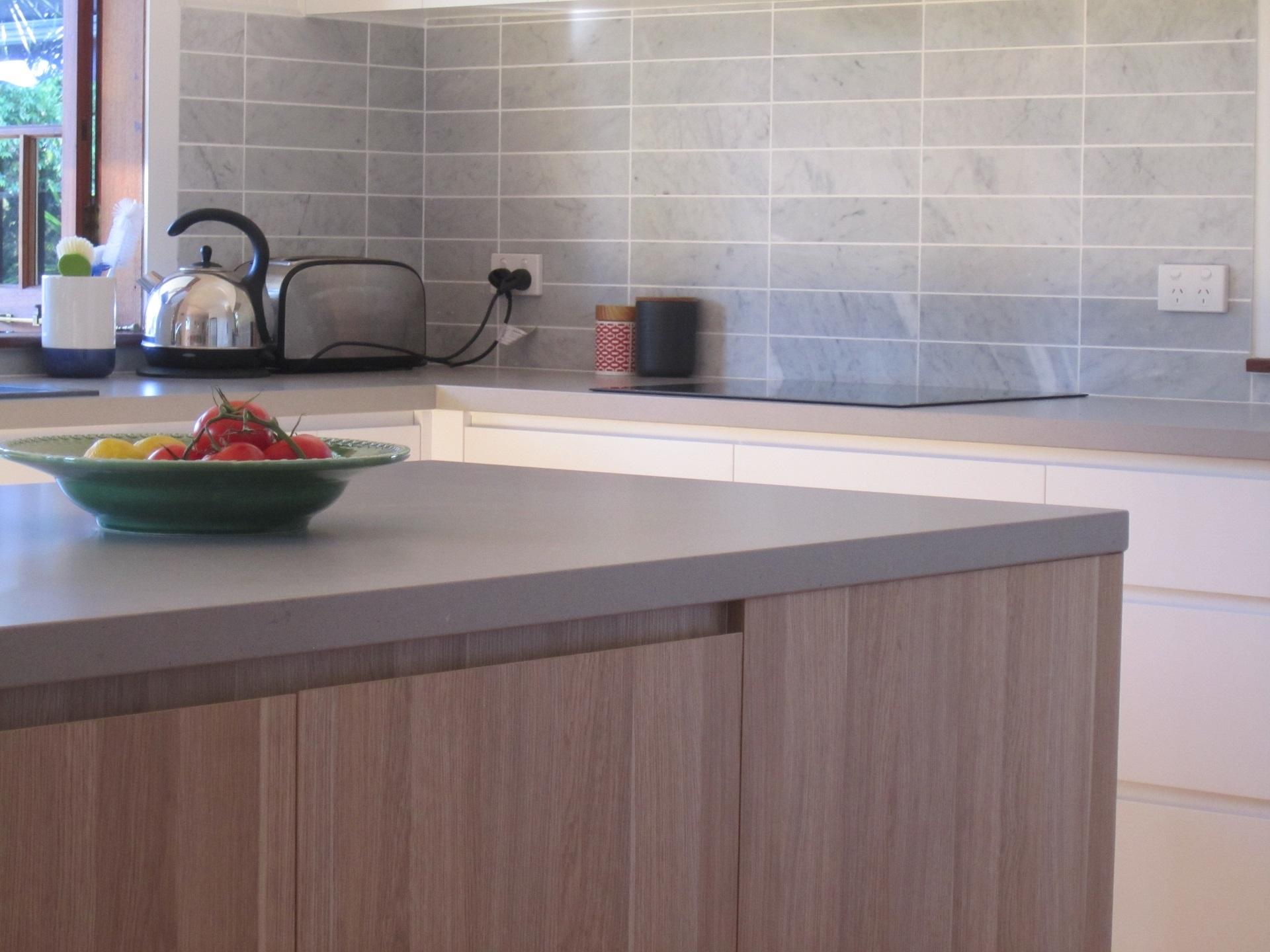Brisbane Kitchen Design Sherwood Contemporary Kitchen Caesarstone Raw Concrete Timbergrain Laminate 2