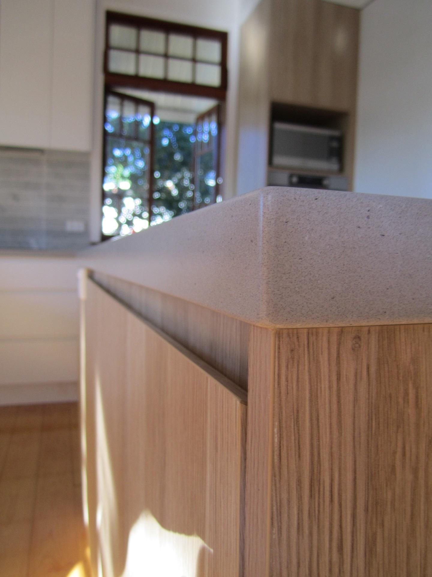 Brisbane Kitchen Design Sherwood Contemporary Kitchen Integrated Handle with Reverse Bevel Edge 10