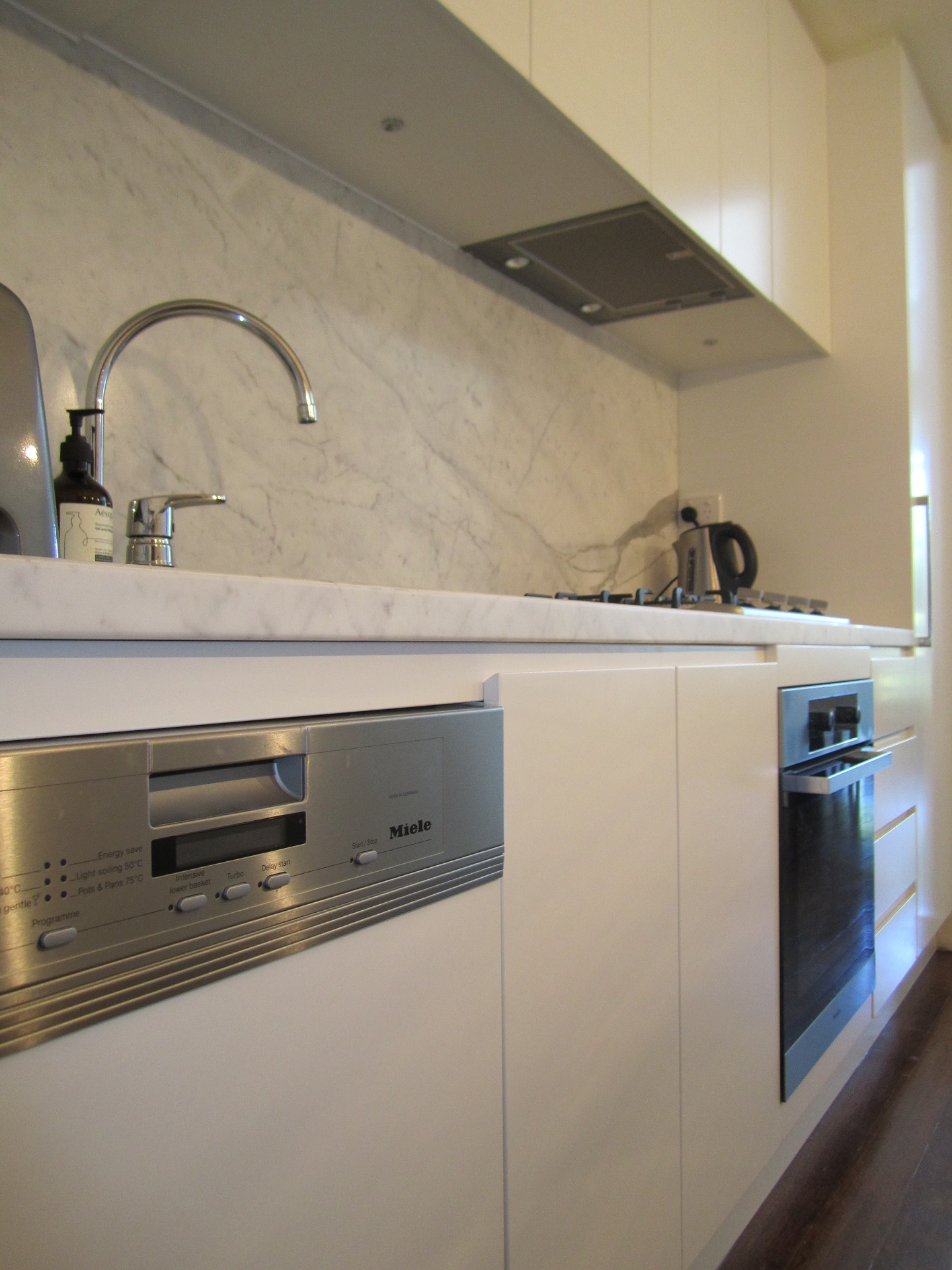 teneriffe-contemporary-kitchen-brisbane-kitchen-design5