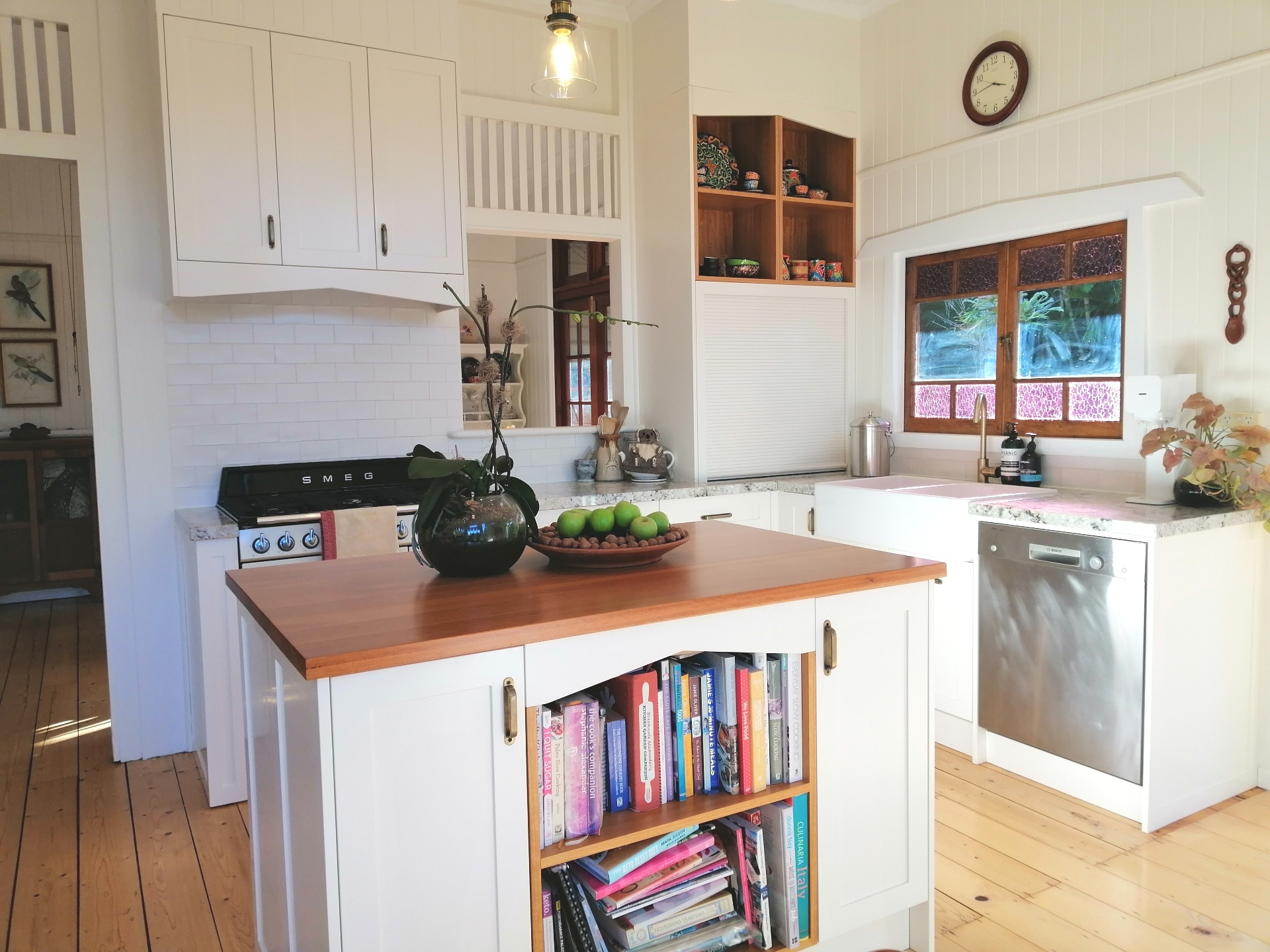 Ashgrove Shaker Kitchen Alpine White Benchtop Blackbutt Benchtop