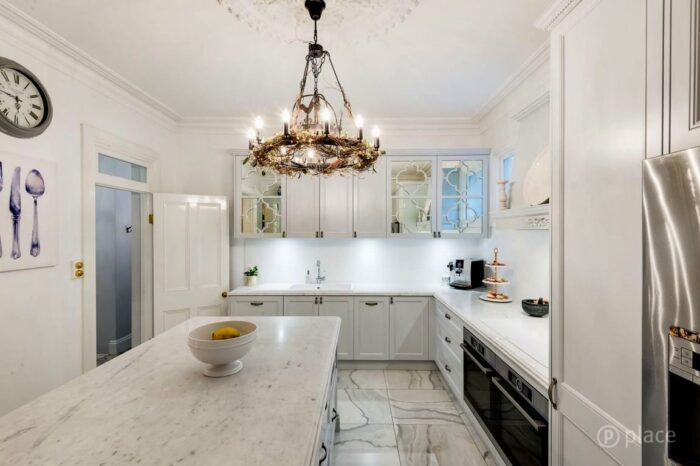 BrisbaneKitchenDesign Florence House Petrie Terrace Traditional Kitchen