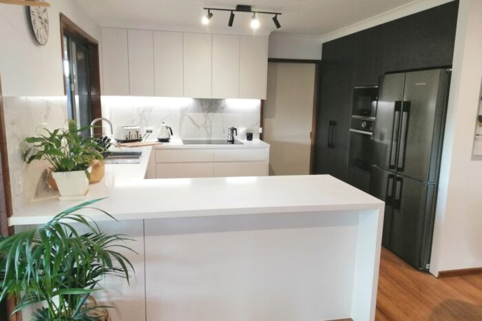 BrisbaneKitchenDesign Mason Contemporary Kitchen The Gap