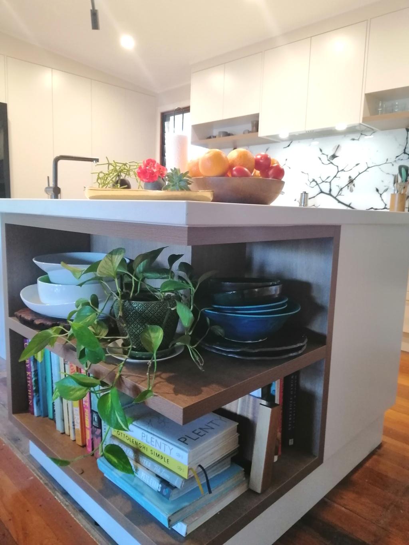 BrisbaneKitchenDesign Chapel Hill Contemporary Kitchen Feature Open Shelf on Island